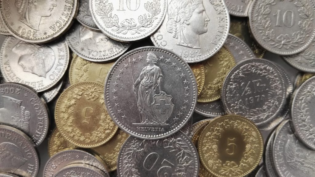 20 licenciements à la deutsche bank à Genève