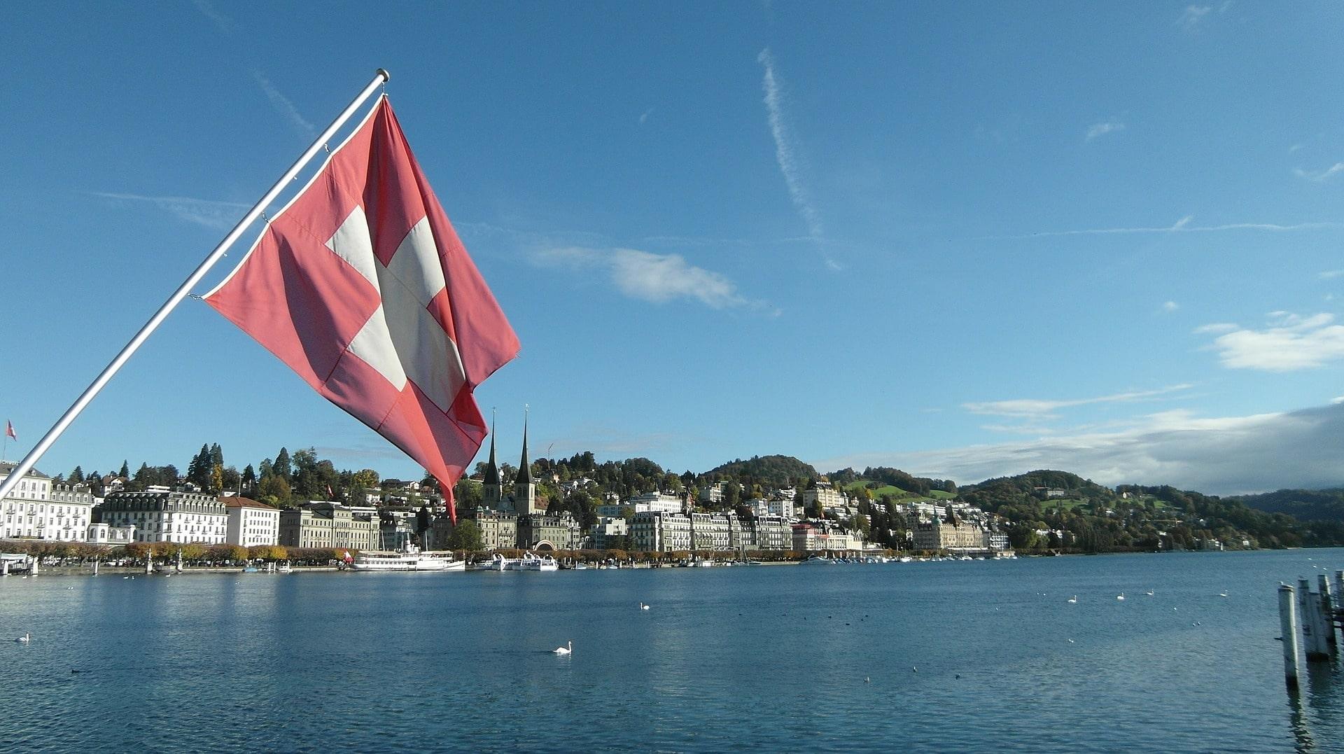 Comparaison de l'imposition dans les différents cantons suisses