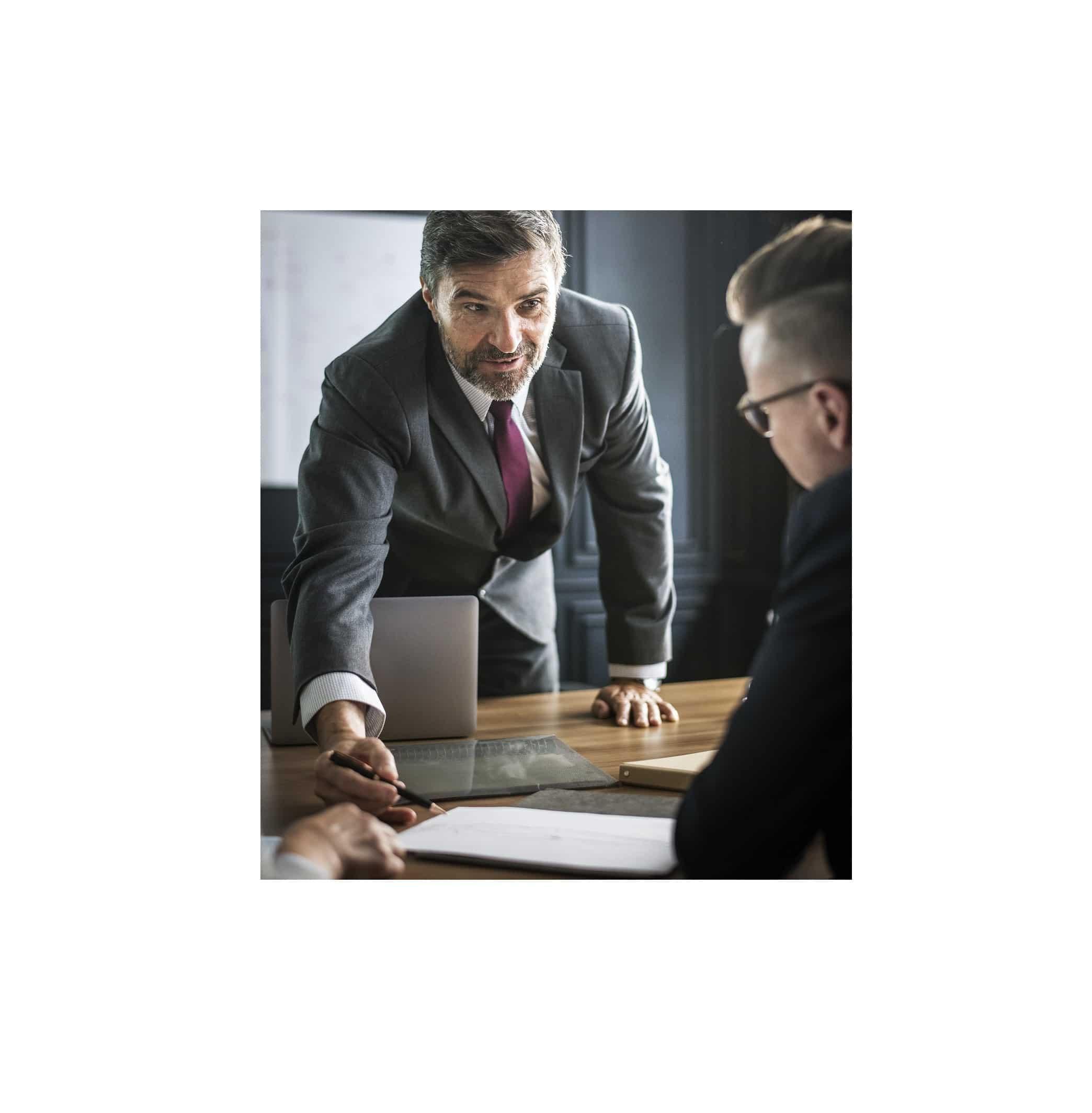 Structures de l'assurance à simplifier, dit un audit