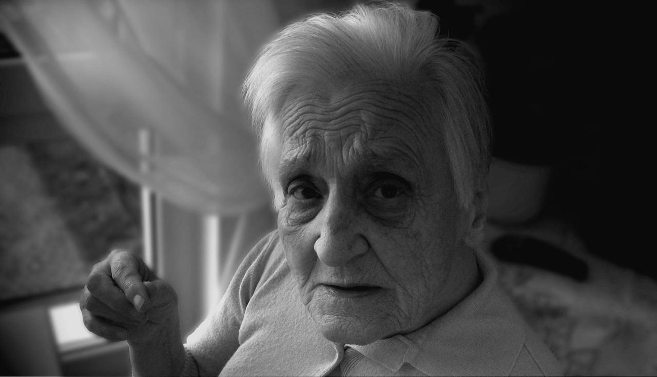Une assurance rechigne à soigner une retraitée