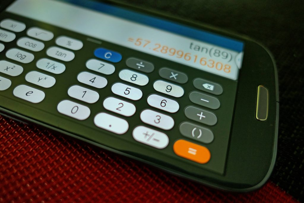 Fiscalité et numérisation économique: une solution pour l'ensemble des États cette année