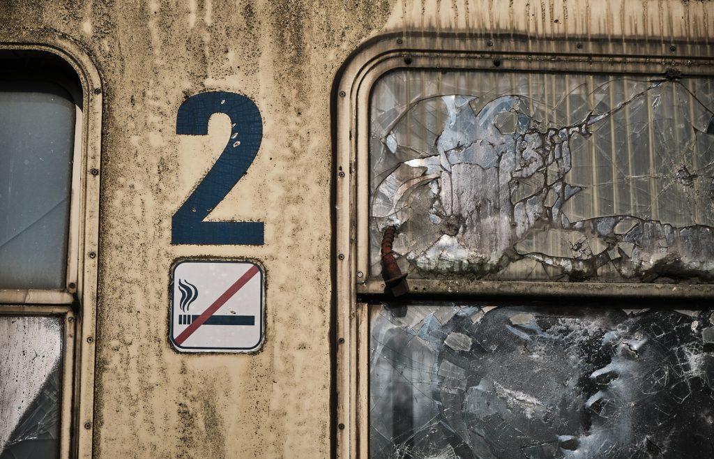 Deux frères accusés de vandalisme et agressions sur les voies de Payerne